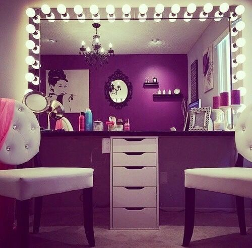 1000 images about makeup vanity ideas on pinterest. Black Bedroom Furniture Sets. Home Design Ideas