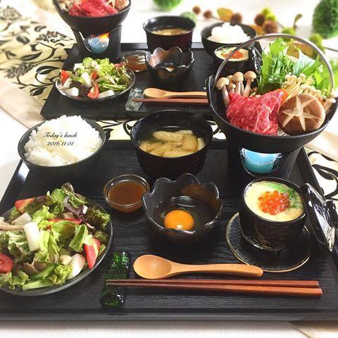 . 今日は旦那さんがお昼までゆっくり 出来たので#すき焼き御膳 に . ✿ #すき焼き ✿ 茶碗蒸し ✿ 山芋と木の子の和風サラダ ✿ お味噌汁 ✿ ごはん . 朝は少し冷え込んだので 今年初のストーブをつけました . ではでは 11月も宜しくお願いします . #お昼ごはん #ランチ #和食 #和風 #おうちごはん #クッキングラム #デリスタグラマー #おうちカフェ #料理 #料理写真 #手料理 #料理教室 #delicious #LIN_stagrammer #instafood #yummy #kitakyushu #fukuoka #cookingram #cooking #foodphoto #foodpic  #eat #wp_delicious_jp