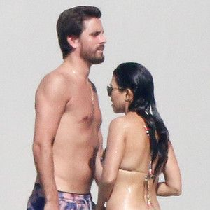 What's Really Going on Between Kourtney Kardashian & Scott Disick? Watch to Get the Relationship Scoop! - E! Online
