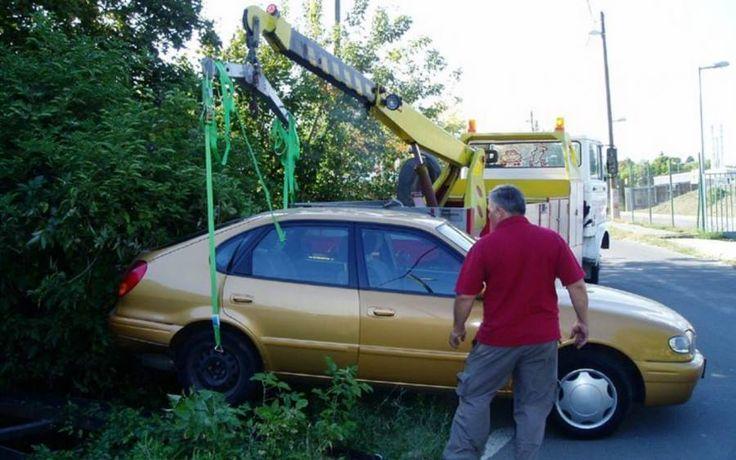 A vízen való csúszás valóságos veszély lehet. Ha autóddal elkezdesz csúszni, vigyázz arra, hogy ne taposs a fékre! http://automentomano.hu/