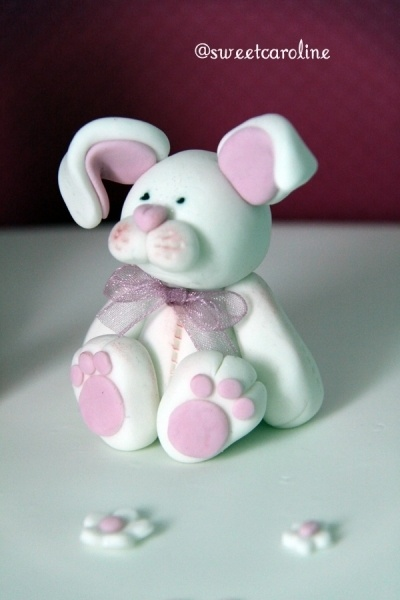 gum paste rabbit