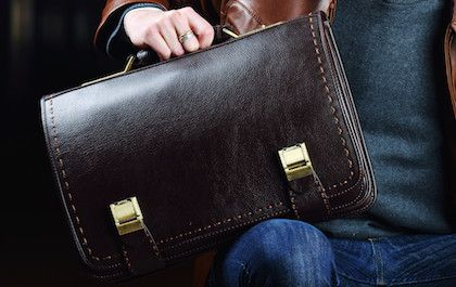 Vespucci has huge collections of shoes and wallets for men that are most wanted and loved by all. The Vespucci shoes are best suited for those ideal men to whom their class and appearance means more than anything.