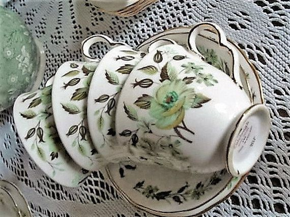 7 Piece Cloclough Green and Brown Floral 4 Cups 1 Saucer