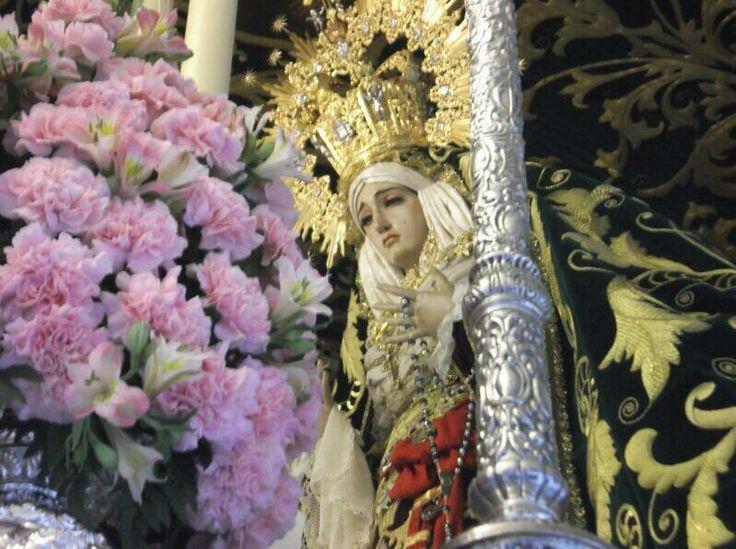 Sta Virgen de la Esperanza, bajo su palio. Estación de Penitencia, Jueves Santo, 2014. #SemanaSanta #Easter #ssantavelez14 #velezcofrade