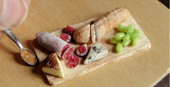 These clay sculptures take tiny food art to the next level | KitchenDaily.ca
