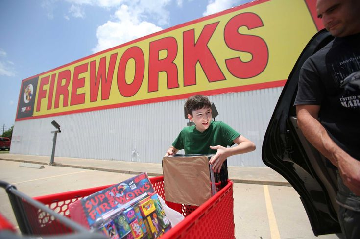 Fireworks sales explosive as Houstonians prepare for patriotic Fourth