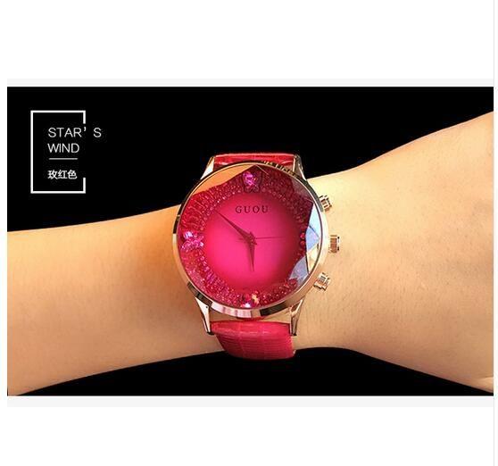 7513a925a071 Aliexpress.com  Comprar HK Marca Mujer Relojes de Cuarzo Rhinestone de  Grado Superior Impermeable Señora Relojes de Cuero Genuino de Lujo Dial  Grande Reloj ...