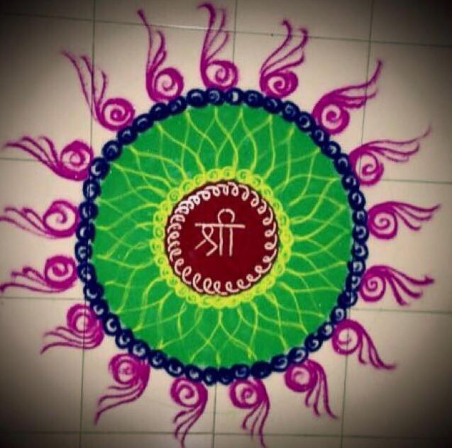 Here is a collection of rangoli designs easy to make.