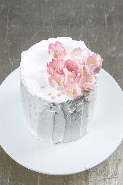 Zelka design cake by Marangona   sugarflowers   www.marangona.hu