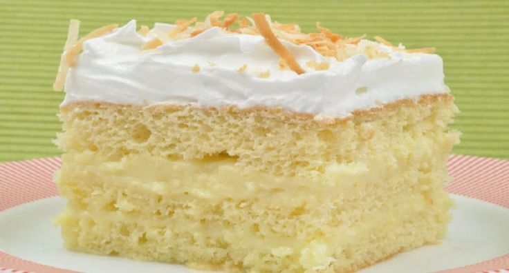 Bienmesabe de Coco - Venezuelan Coconut Cream Cake - This recipe is for bienmesabe as it's made in Venezuela. Sponge cake or fingers are layered with coconut cream and topped with meringue for a decadently rich and sweet treat.  - http://aussietaste.recipes/cakes-2/bienmesabe-de-coco-venezuelan-coconut-cream-cake/