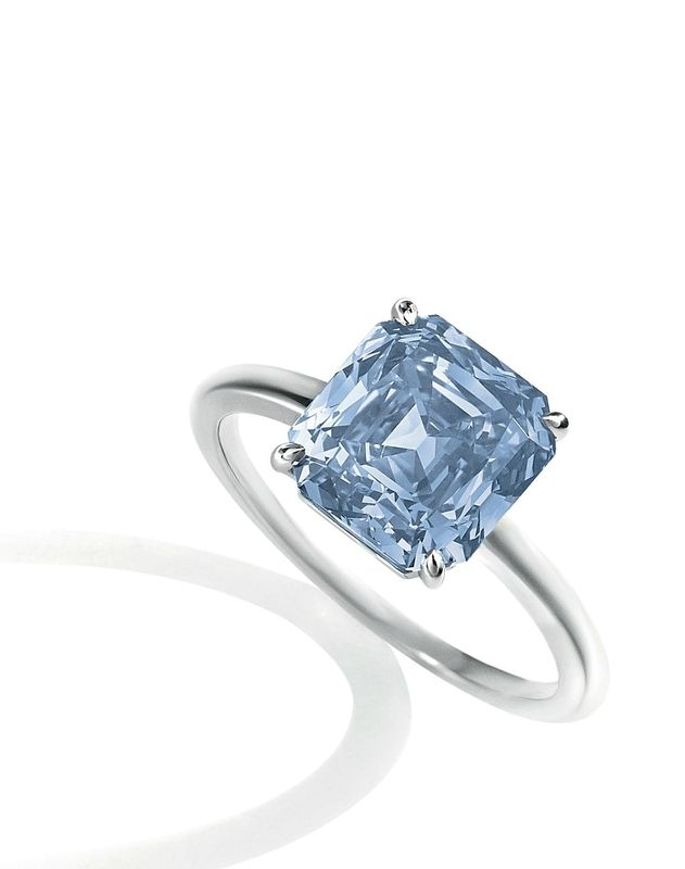 Blue And Diamond Ring