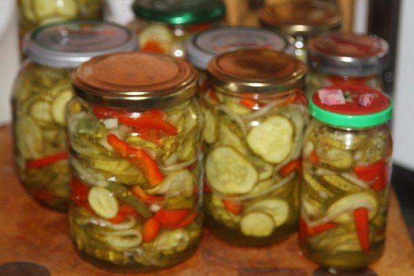 Салат из огурцов, сладкого перца и помидоров на зиму