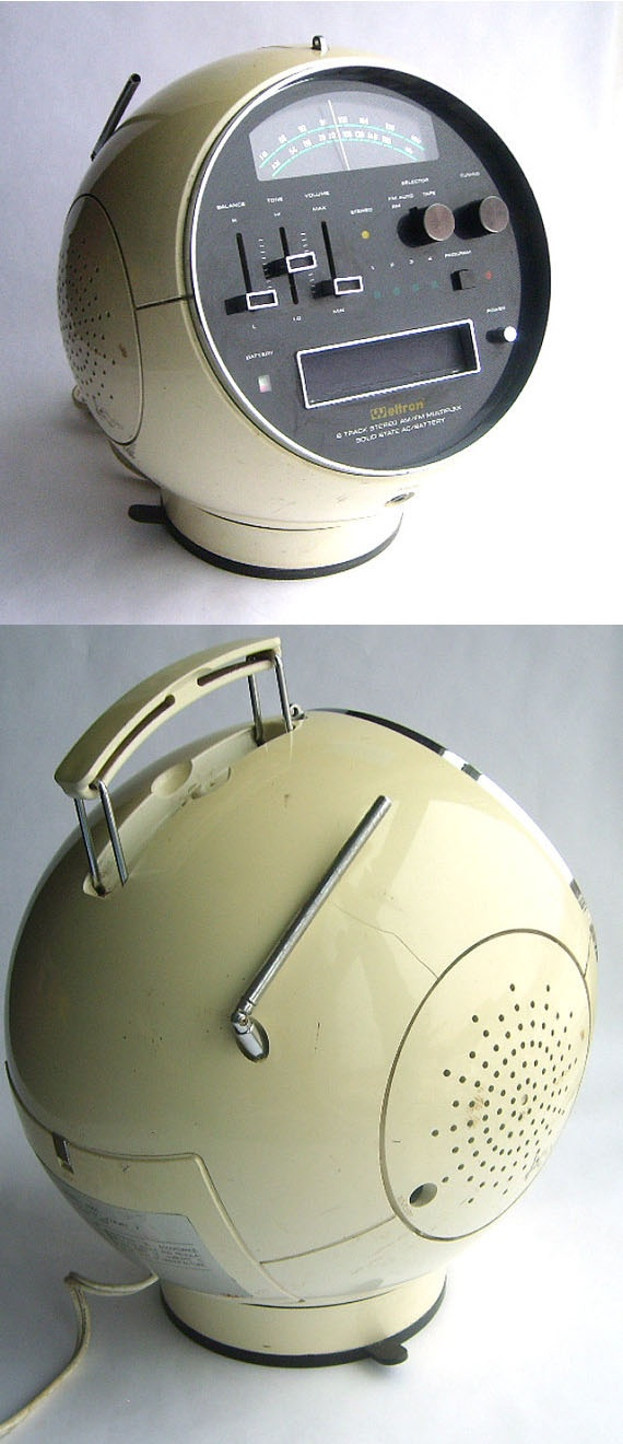 Space Age Mod Weltron 8 Track Player and AM FM Radio ( vintage radio / vintage clock radio )