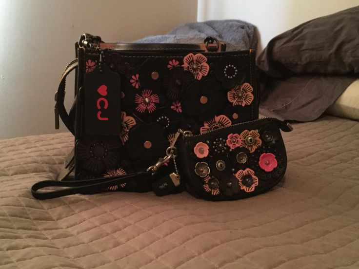 Coach Rogue 25 Tea Rose and Tea Rose Pouch
