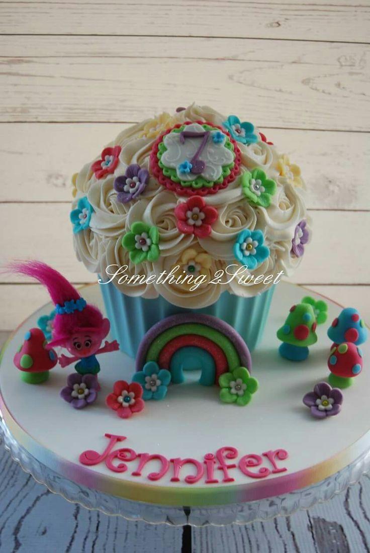 Trolls Giant cupcake cake