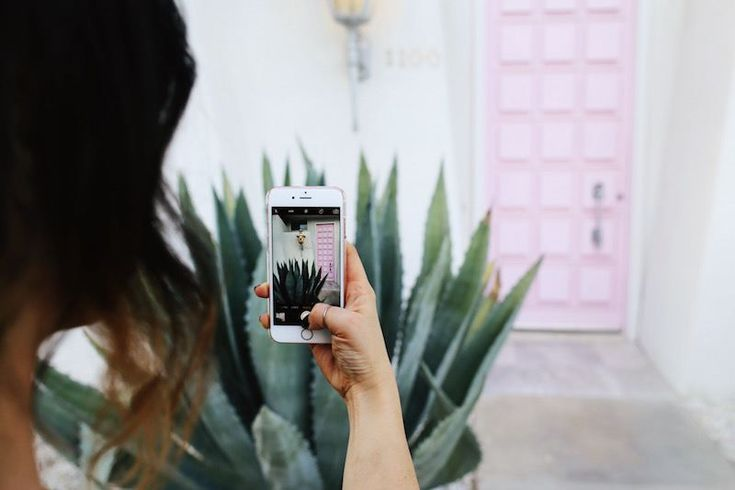 4 steps to running a successful Instagram photo contest to help promote your business on Instagram and gain followers.