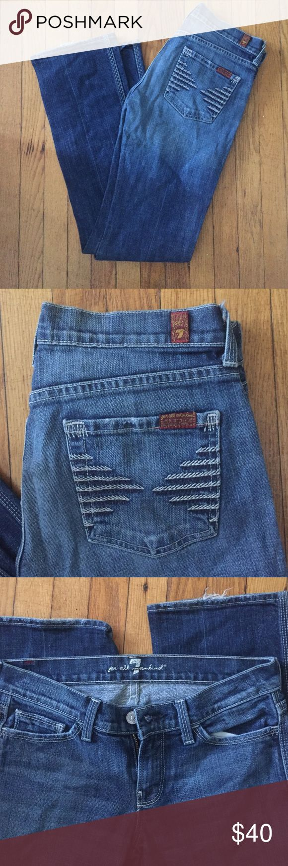 SEVEN JEANS  Cute 7 jeans . Size 26 . These are slim fit with a slight flare Seven7 Jeans