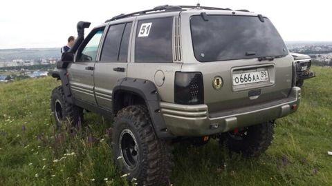 1000 Ideas About Jeep Grand Cherokee Laredo On Pinterest