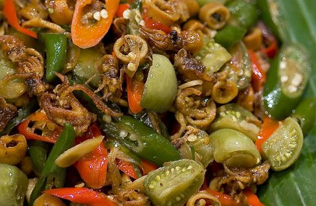M.Vemale.com: Kuliner Resep Makanan - Oseng Cumi Asin | Coba ganti belimbing dengan tauge..