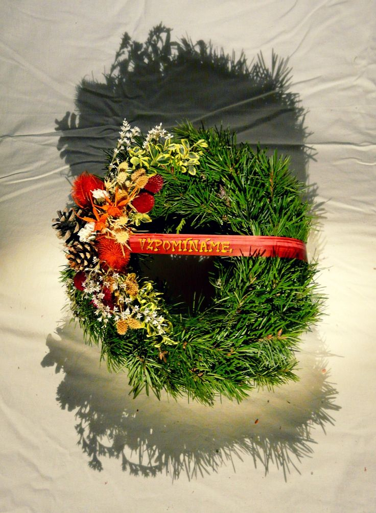 Věneček jedlový | Wreath made of fir