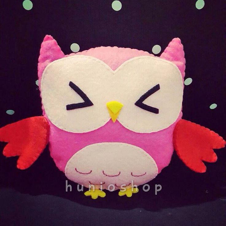 "11 Likes, 1 Comments - Hunioshop (@hunioshop) on Instagram: ""#owl 4th family. Grab it fast ☺️😘 #feltowl #feltdoll #bonekaflanel #owlcraft #feltcraft #hunioshop…"""