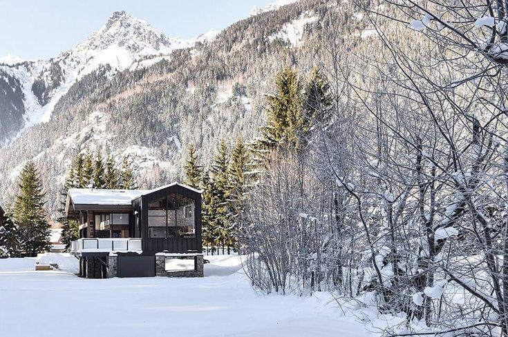 Chalet Whymper - Theme of the Month   #ekmagazine #ek #themeofthemonth #mountainhouses #mountain #chalet
