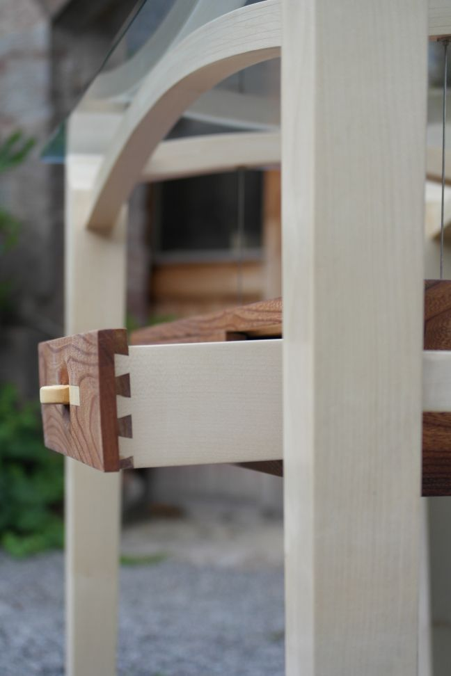 dovetailed draw