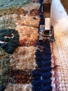 Rug Hooker's Hollow - Using the sewing machine to assemble hooked purse.