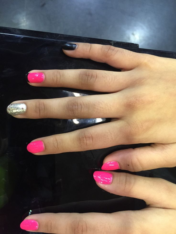 nailart #notd #nailoftheday pink black and silver glitter polish. fun with nails. french polish with colour.