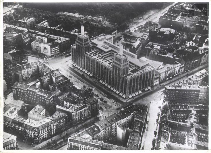 Karstadt-Kaufhaus am Hermannplatz 1931