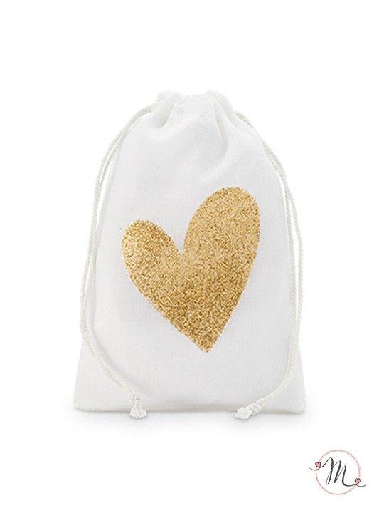Mini wedding bag in cotone cuore oro. Eleganti wedding bags in cotone color bianco sporco dove poter inserire tutto quel che serve per le nozze. Misure: 10 x 15 cm.  #matrimonio #wedding #weddingideas #weddingbags #ceremony #party #accessorisposa