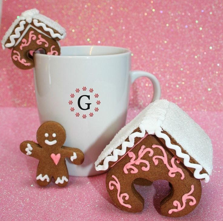 Heart Hugger Gingerbread House Cutter - 3 Size Options from The Gingerbread Cutter Company