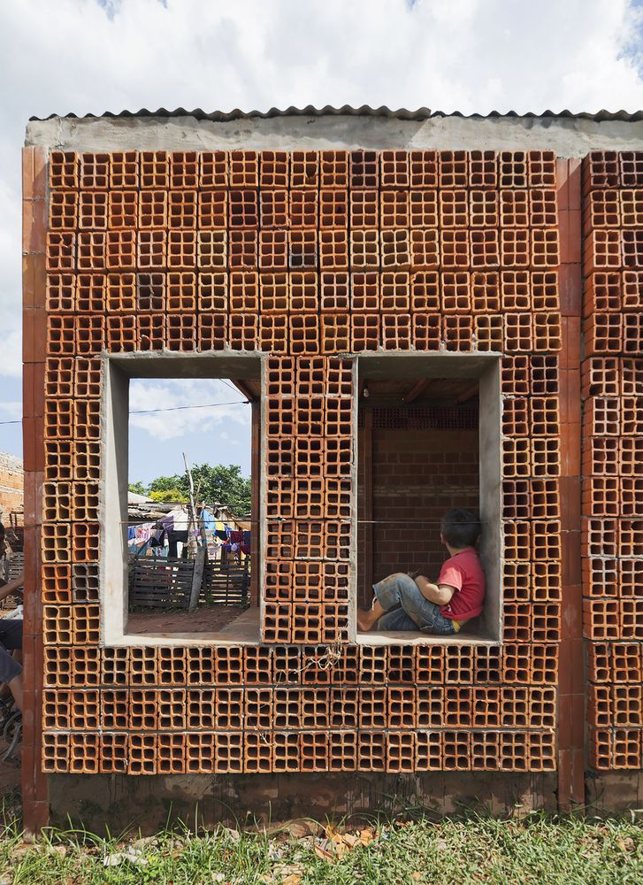 Centro de Desarrollo Comunitario / OCA + BONINI | Social Arch | Brick Material |