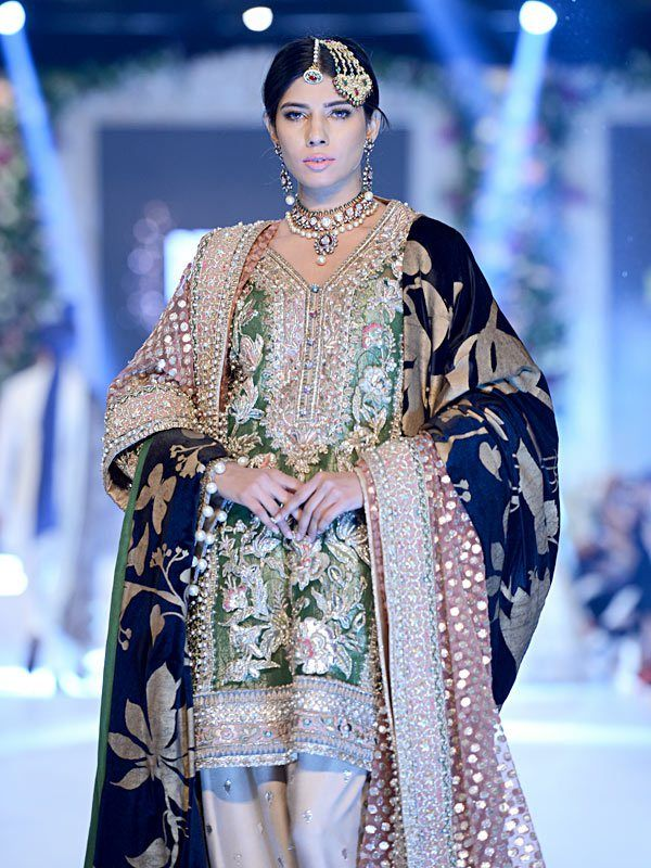 I love the colors on this one. Outfit by Elan seen at PFDC L'Oréal Paris Bridal Week 2015 #PFDC2015 #Frugal2Fab