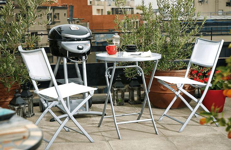 Transforma tu terraza en un espacio ideal para reunir a los amigos en primavera. Consulta por este práctico set plegable. ¡Hazlo con Easy!  #Terraza  #Deco #Primavera #EasyTienda #TiendaEasy #primaveraverano #cambiavivemejor