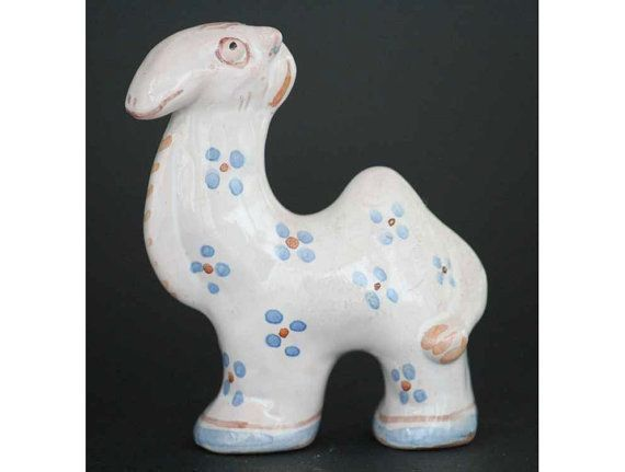 Stoneware painted dromedary from the fables series made by Gertrud Kudielka (1896-1984)for L. Hjorth, Denmark.