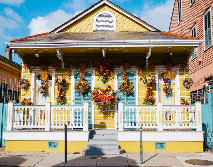 Total French Quarter porch envy.