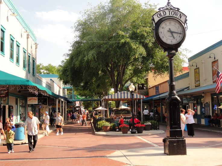 Old Town in Kissimmee, Florida is not a real town, but a replica of small town streets with specialty shops, pubs and restaurants. There are also amusement park rides, a nightclub and its the home of the Saturday Nite Cruise, a classic car cruise through the streets of Old Town.