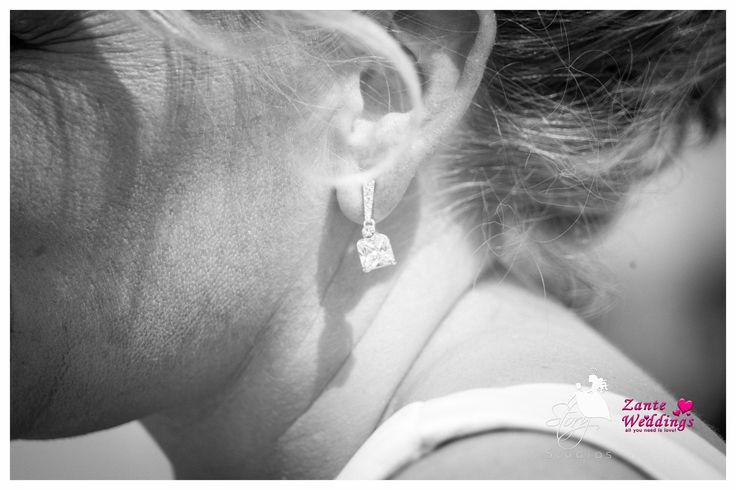 Beautiful diamond earrings! Perfect for a bride to be.