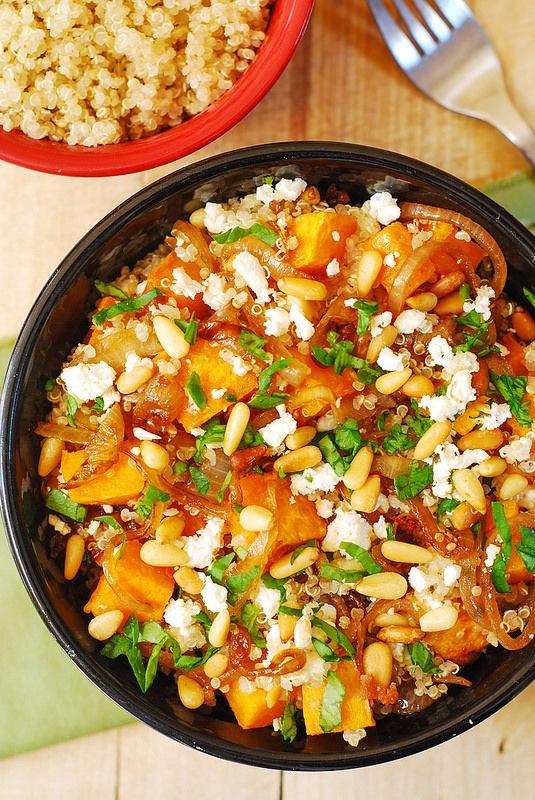 Quinoa Kürbis Salat mit Feta
