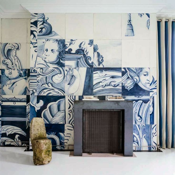 A total of 243 oversized tiles were hand-painted by master decorative painters Linda Horning and Katherine Jacobus, working together for the first time in this challenging and historically-accurate task the style saloniste: Bravo, Antonio Martins: Designer I Love
