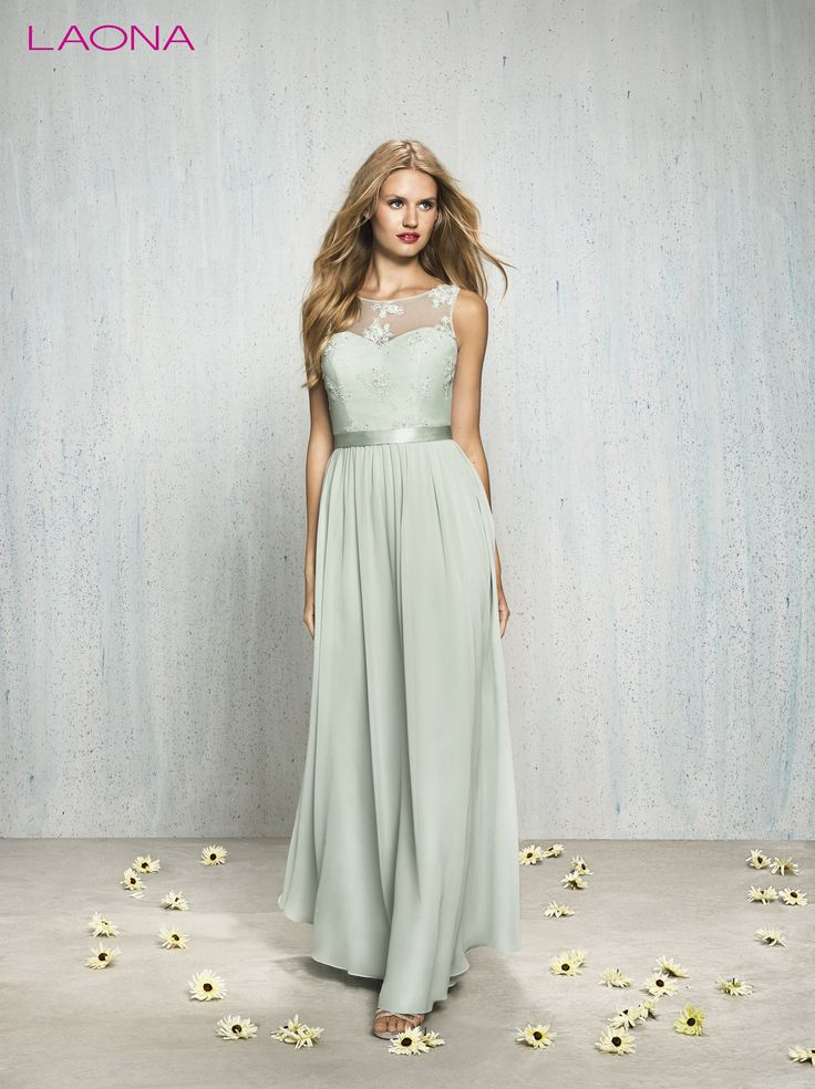 Mint farbenes langes kleid