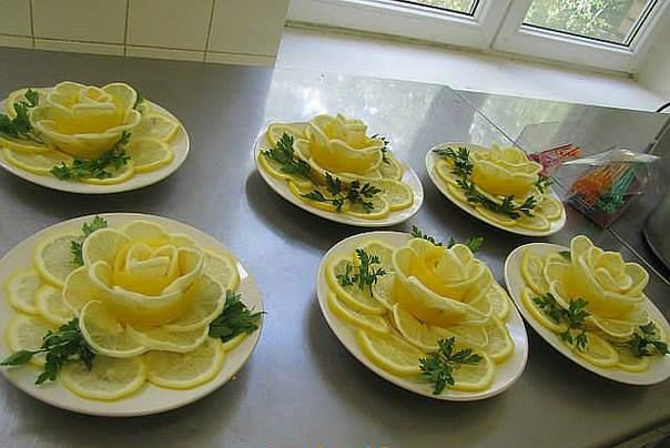 Decorate with lemon