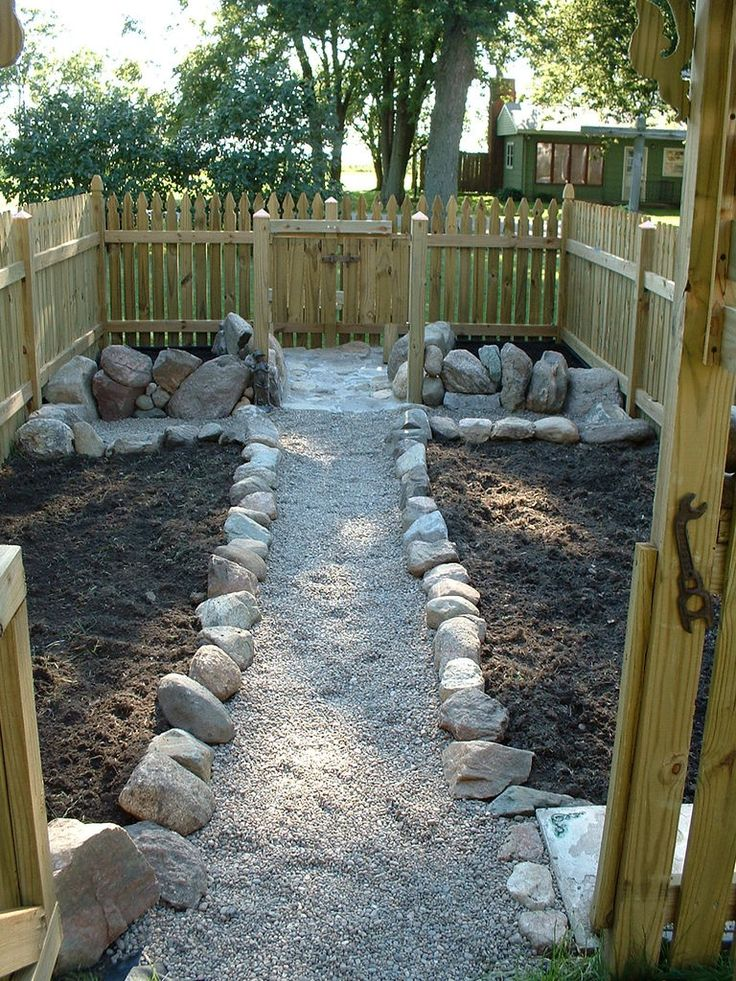 Garden Walkway...if I Can Do It, So Can You! Landscaping