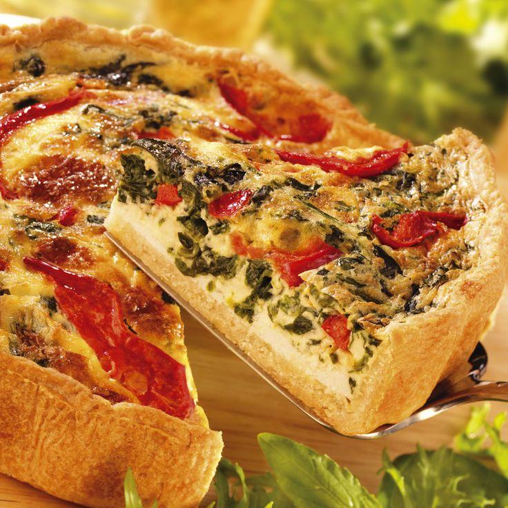 Roquefort, cantal, fourme, emmental, beaufort, munster, chèvre, etc. On révolutionne la quiche avec des garnitures au fromage qui fleure bon les terroirs...