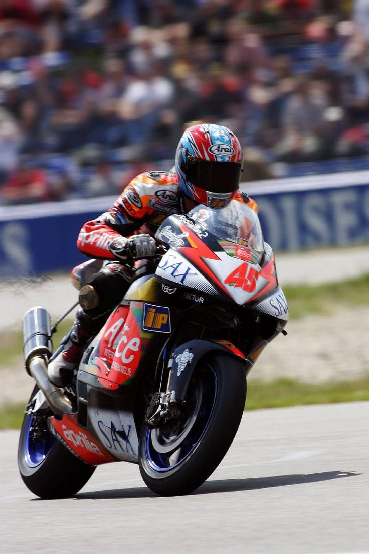 Colin Edwards put his Aprilia RS Cube fifth in Assen first qualifying.