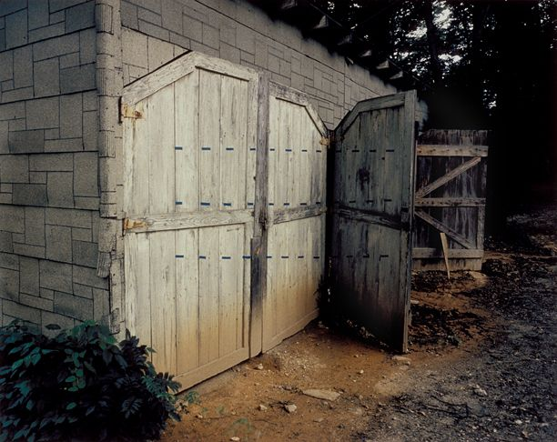 Shed with Blue Dotted Lin