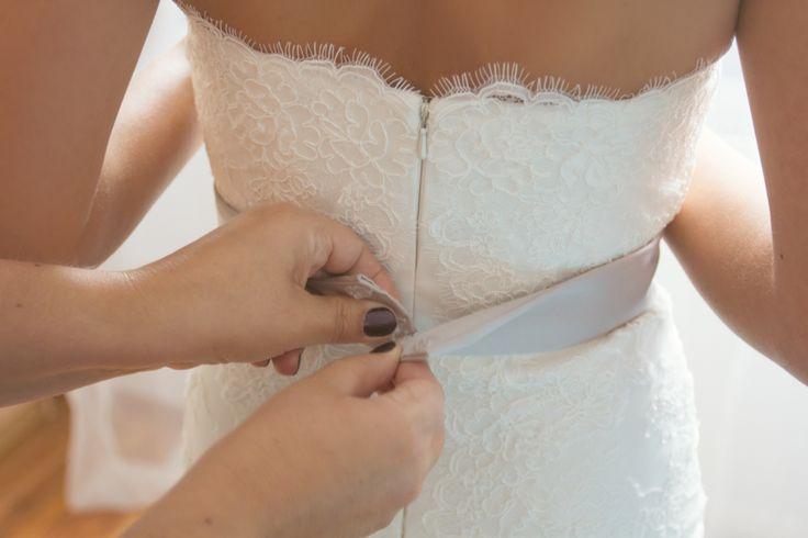 Wedding Dress | Brautkleid | Getting Ready | by Photogracia Wedding