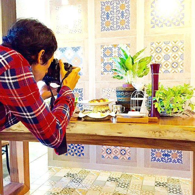 We are having a great time at our #Ramadhan photosession. No bounderies, just open exploration!…