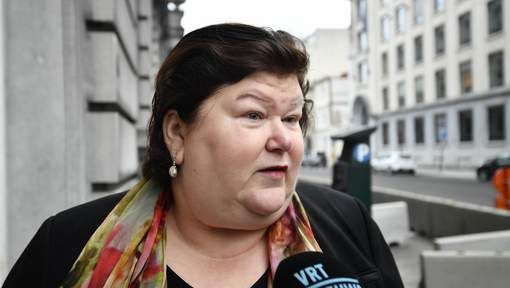 #Attentats à Bruxelles: Maggie De Block s'en prend aux assureurs - 7sur7: 7sur7 Attentats à Bruxelles: Maggie De Block s'en prend aux…